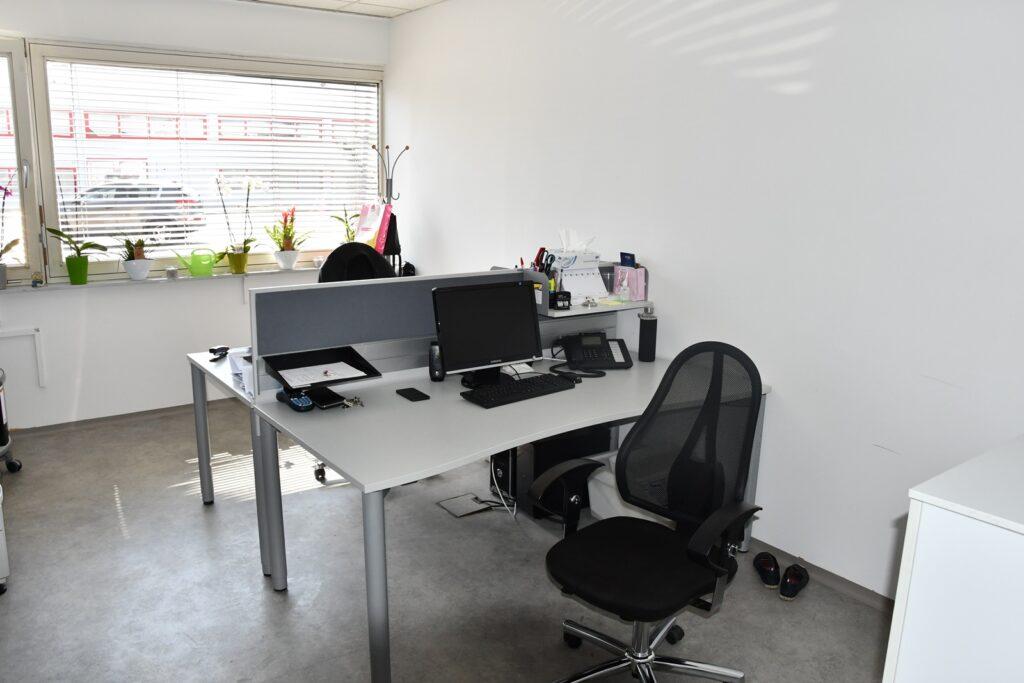Büro 10